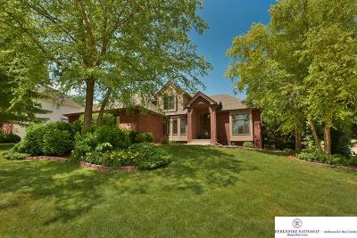 Single Family Home For Sale: 18614 Gold Circle