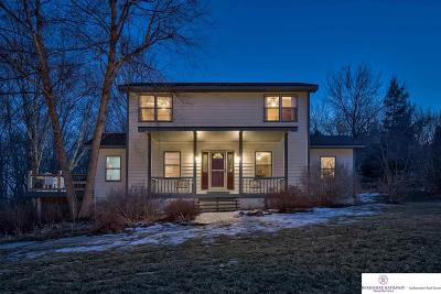 Single Family Home For Sale: 615 Pioneer Drive