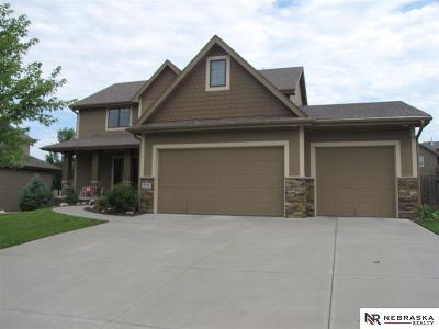 Single Family Home For Sale: 19919 Leavenworth Street