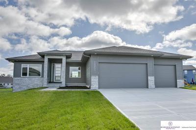 Bennington Single Family Home For Sale: 16953 Weber Circle