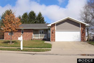 Single Family Home For Sale: 2328 Estes Lane