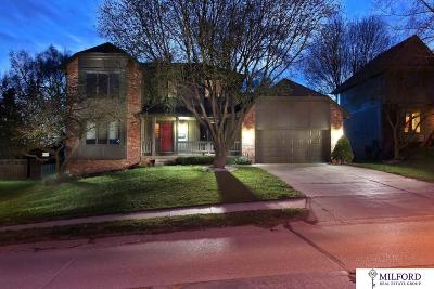 Single Family Home New: 530 S 160th Street