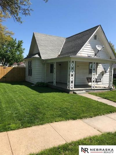 Milford Single Family Home For Sale: 608 5th Street