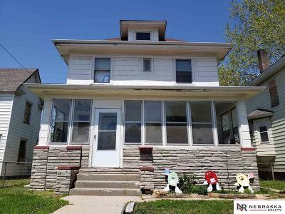 Omaha Single Family Home For Sale: 2006 Maple Street