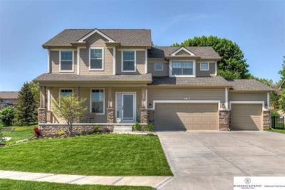 Gretna Single Family Home For Sale: 20116 Maple Street