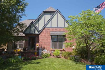 Single Family Home For Sale: 200 Blue Sage Boulevard