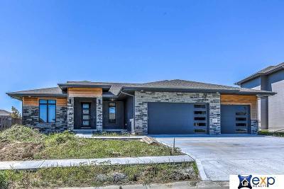 Elkhorn Single Family Home For Sale: 18765 N Sahler Street