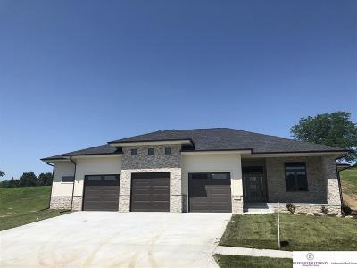 Single Family Home New: 914 Elk Ridge Drive