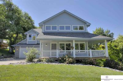 Elkhorn Single Family Home For Sale: 21419 Cedarwood Road