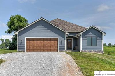 Louisville Single Family Home For Sale: 10424 Prairie Ridge Drive