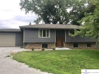 Louisville Single Family Home For Sale: 16214 Kiser Road