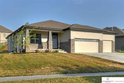 Single Family Home For Sale: 8820 N 169 Street