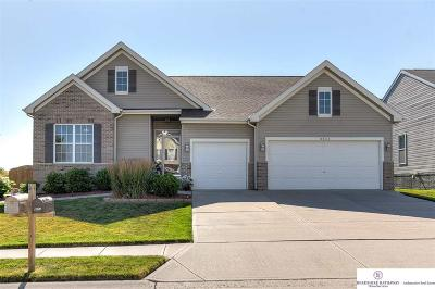 Single Family Home For Sale: 8802 N 157th Street