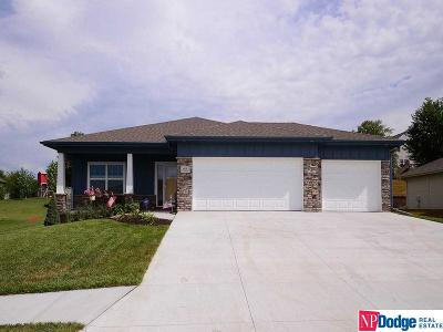Gretna Single Family Home For Sale: 608 Brentwood Drive