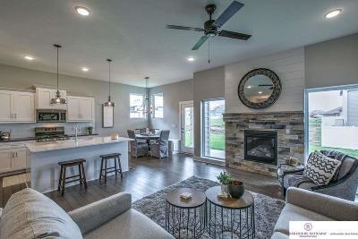 Bennington Single Family Home For Sale: 7426 N 168 Avenue