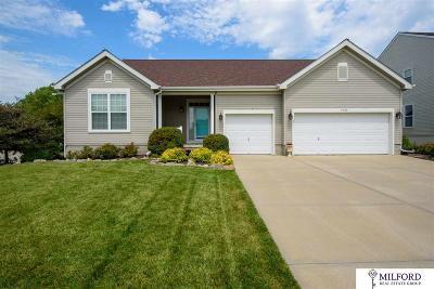 Papillion Single Family Home For Sale: 1710 Hardwood Drive