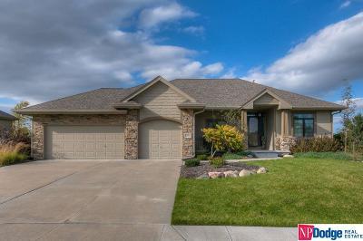 Papillion Single Family Home For Sale: 8214 Legacy Street