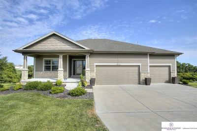 Single Family Home New: 6810 Willow Circle