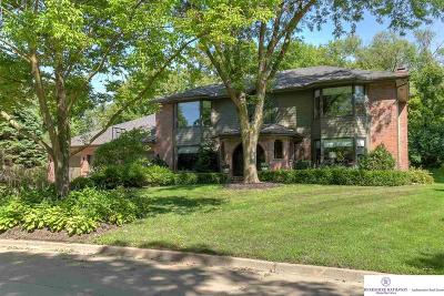 Omaha Single Family Home For Sale: 6006 Country Club Oaks Place