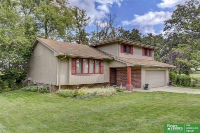 Omaha Single Family Home For Sale: 8405 N 52 Avenue