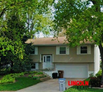 Lincoln NE Single Family Home For Sale: $159,000