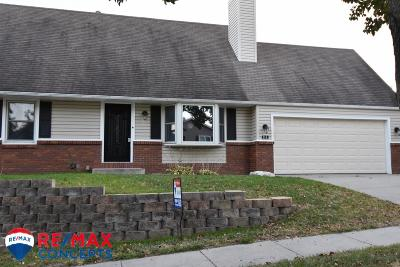 Lincoln Single Family Home For Sale: 715 West Jennifer Drive