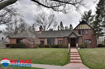 Lincoln Single Family Home For Sale: 3701 Sheridan Boulevard