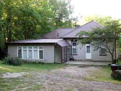 Single Family Home Active - Pending/Contingency: 473 Atlantic
