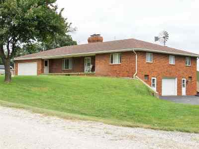 Auburn NE Single Family Home For Sale: $325,000