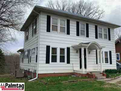 Single Family Home For Sale: 909 5th Street