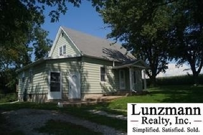 Auburn Single Family Home Pending/Contingency: 73461 641 Avenue