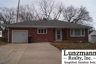 Tecumseh Single Family Home Pending/Contingency: 532 N 5th St.