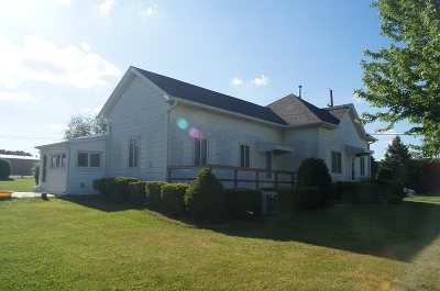 Johnson Single Family Home For Sale: 211 Walnut St.