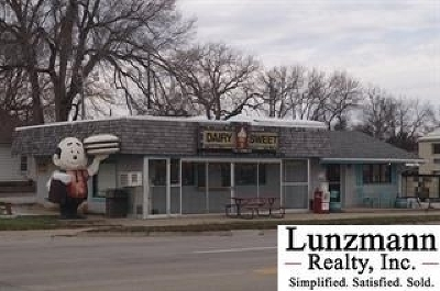 Nemaha County Commercial For Sale: 620 J St.