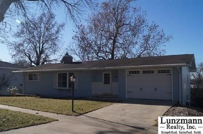 Auburn NE Single Family Home For Sale: $159,000