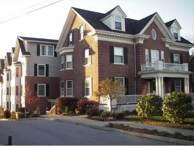 Condo/Townhouse Closed: 81 South Williams Street #403