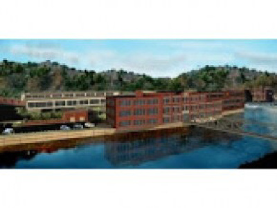 Commercial Lease For Lease: 100 River