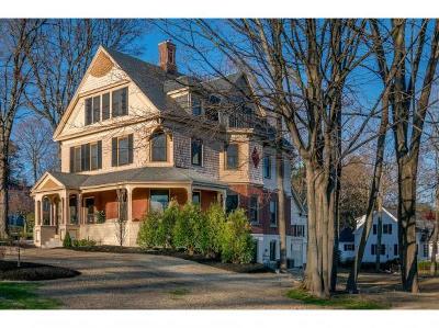Nashua Single Family Home For Sale: 85 Concord Street