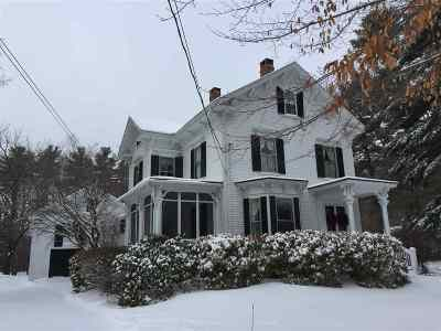 Exeter Single Family Home For Sale: 33 Pine Street
