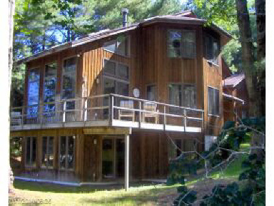 Poultney Single Family Home For Sale: 86 Lily Pond Road