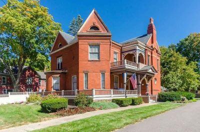Nashua Single Family Home For Sale: 51 Concord Street