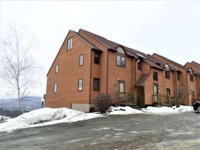Condo/Townhouse Closed: 80 Richardson Trail #18