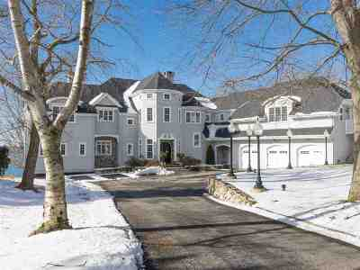 Kittery Single Family Home For Sale: 4 Lawrence Lane