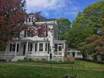 North Hampton Single Family Home For Sale: 243 Atlantic Avenue