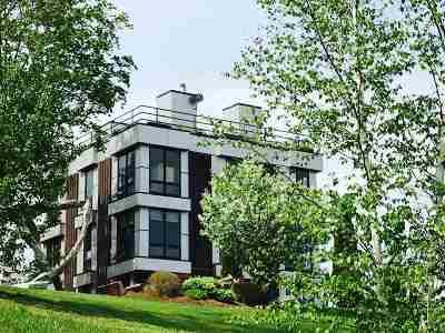 West Rutland Single Family Home For Sale: 1450 Clarendon Avenue