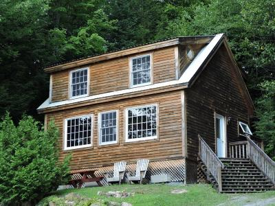 Barnet Single Family Home For Sale: 190 Campers Lane Cabin 7