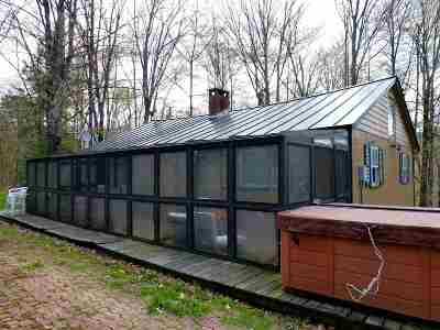 Wallingford Single Family Home For Sale: 25 Bear Mountain Rd.