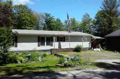 Newark Single Family Home For Sale: 2226 Maple Ridge Road