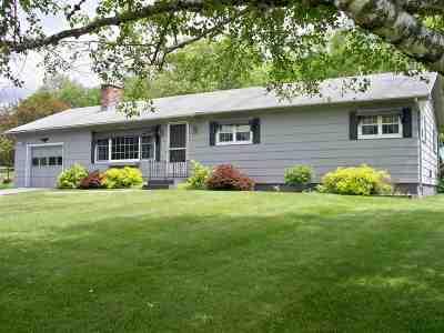 Wallingford Single Family Home For Sale: 91 Deerfield Drive