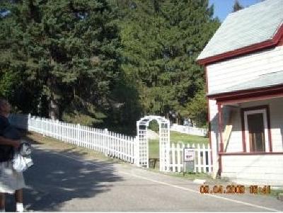 Littleton Single Family Home For Sale: 26 Jackson Street